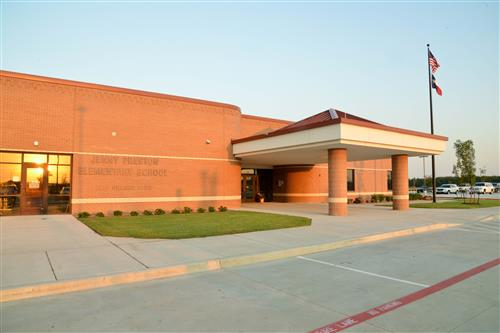 A photo of the front entrance of Preston Elementary